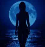 Conjuro de luna llena para el amor