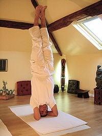 Tres buenas posturas de Yoga: Paro de Cabeza