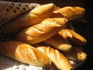 -_Comer-pan-no-engorda