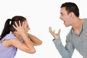 pareja-peleando-02