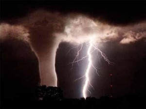 weatherstorms-tornados140